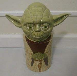 Stars Wars Yoda Talking Cookie Jar by Hallmark